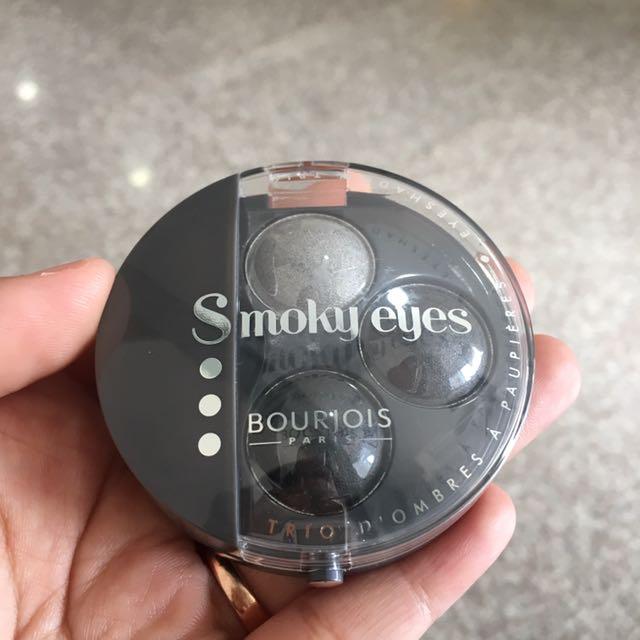 Smoky Eyes Eyeshadow By Bourjois