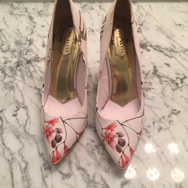 Ted Baker Fabric Pumps US 8-8.5