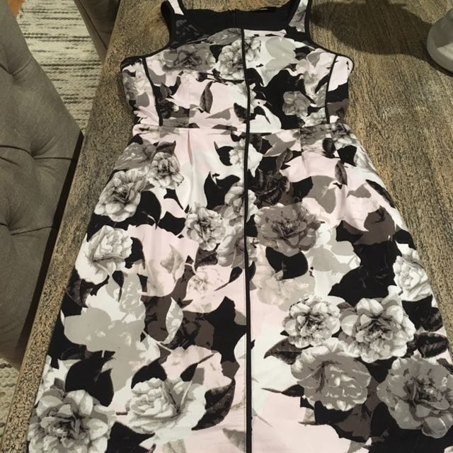 Tokito 6 Corporate Dress