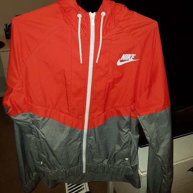 Women's Nike Windbreaker Jacket