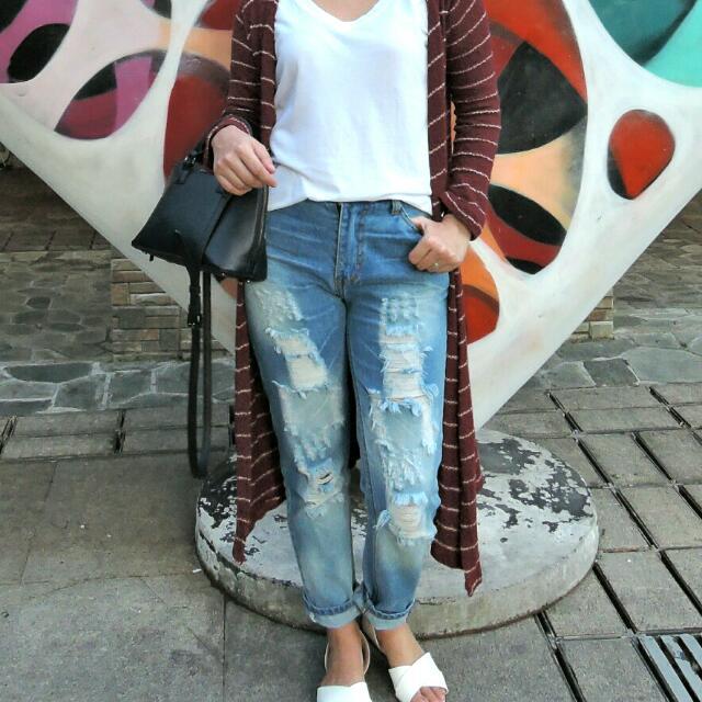 ZARA Bf Tattered Jeans