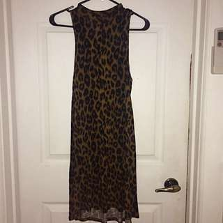 TopShop Sleeveless Cheetah Print Midi Dress