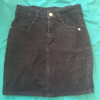 Size 6 Stretch Denim Skirt