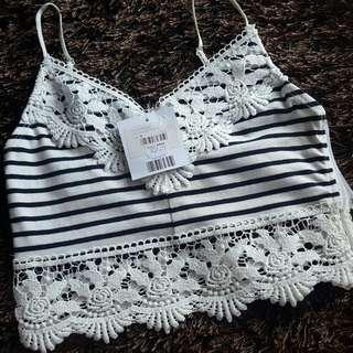 TOPSHOP: Crochet String Top