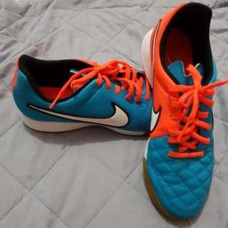 Street Soccer Shoe(Nike Tiempo)
