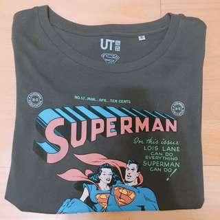 🦑Uniqulo聯名超人上衣 女
