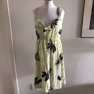 SIZE S VINTAGE pale Yellow Sun Dress