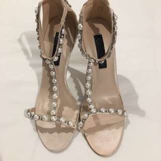 Forever New Heels Size 39