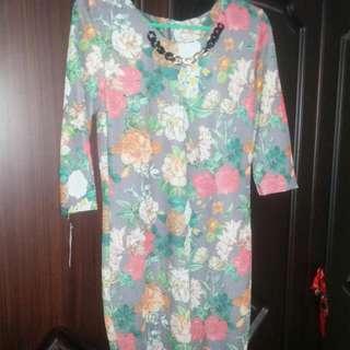 Midi Dress Bunga