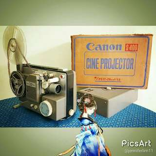 Vintage Canon Japan-made CineProjector Model S-400. Looks Unused. Still has Box. Light Comes with switched on, Has Engine Sound But No Rotation. $128 special offer. Sms 96337309 for fast deal!