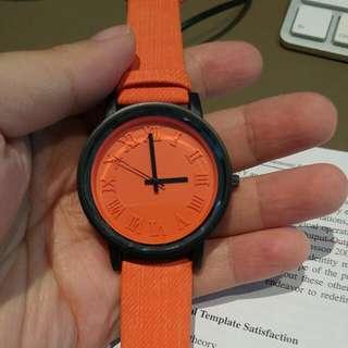 整體橘色 個性手錶