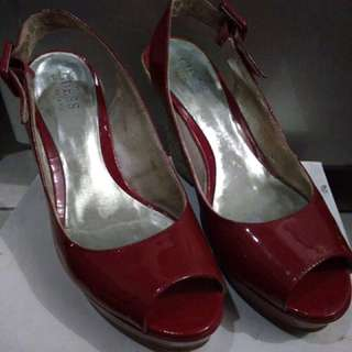 Guess By Marciano Red Wedges
