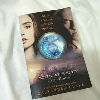 The Mortal Instruments : City of Bones by Cassandra Clare