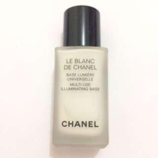 Le Blanc De Chanel Base Lumiere Universelle / Primer
