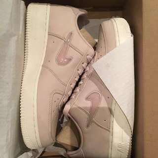 Nike Air Force 1 Retro Premium Jewel