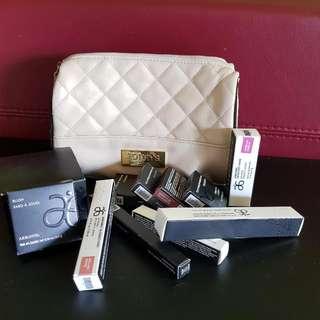 Brand New Bulk Buy Arbonne Makeup Includes Eyeshadows,mascara, Blush , Lipstick, Lipgloss, Lipliner, Mineral Facepowder. Eye Primer. Comes With Make Up Bag. Unused