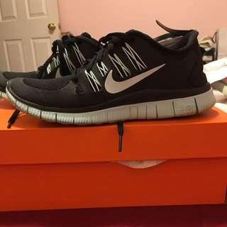 Nike Free Runs 5.0+