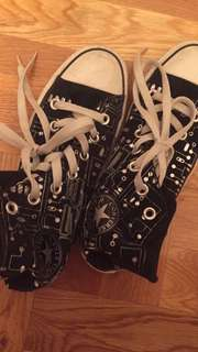 High Top Convserse Shoes Sneakers
