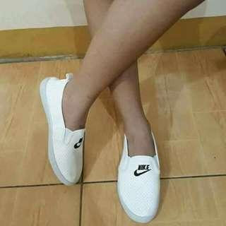 Nike Leather Slip On