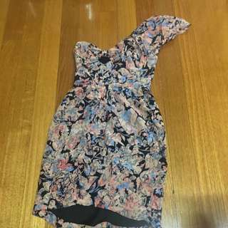 Off Shoulder Dress Size 6