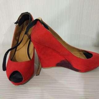 Zara Red Wedges