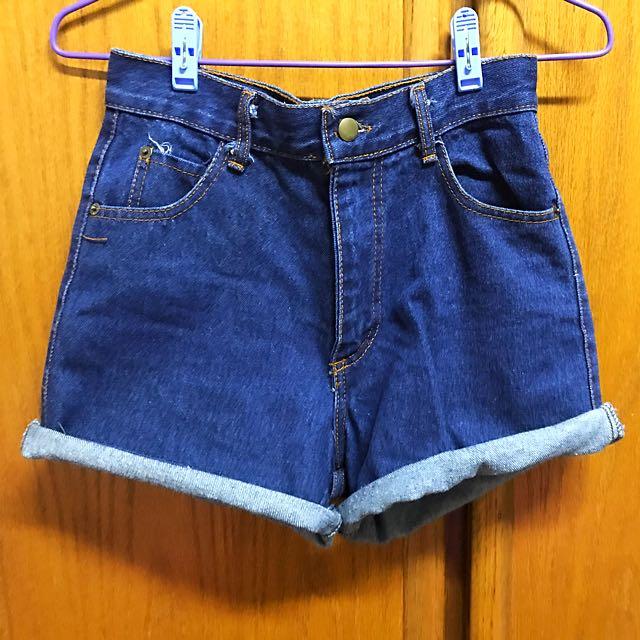 高腰牛仔短褲 #兩百元短褲 #三百元牛仔