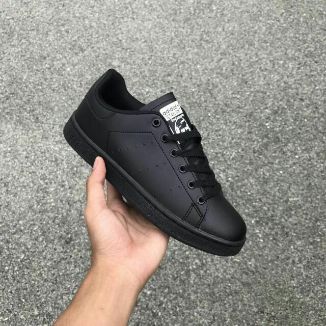 13c83d0bfcb756 Adidas Stan Smith All Black