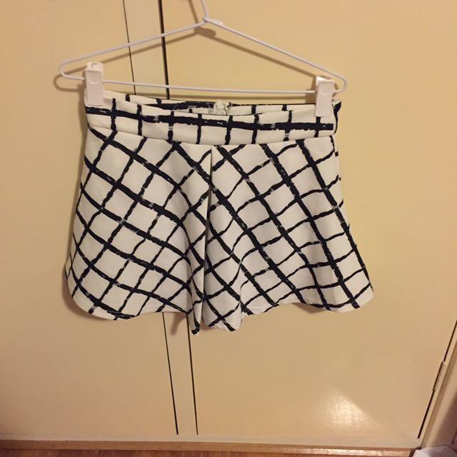 Big Checks Skirt