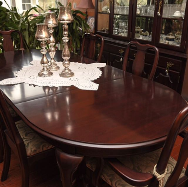Classic Cherrywood Dining Room Set with Hutch/Buffet