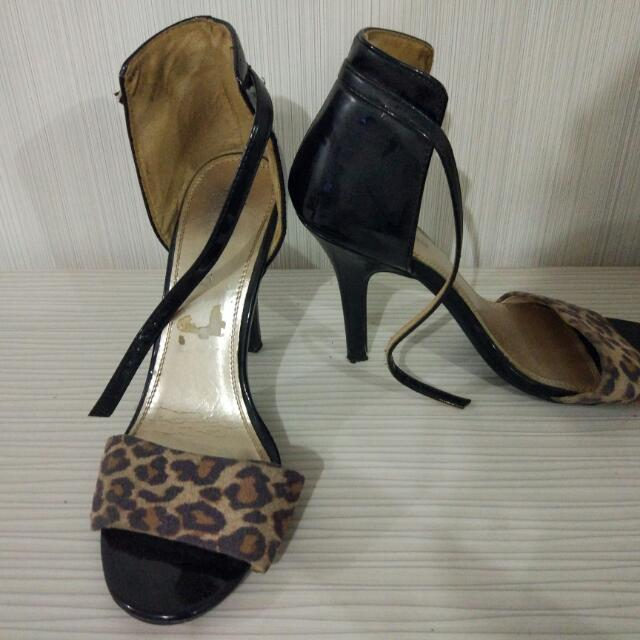 Fioni Night Animal Print High Heels