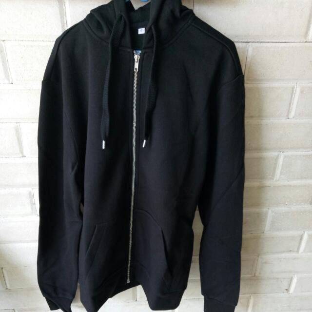 H&M black zipper hoodie