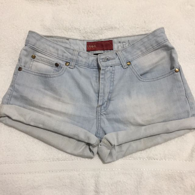 HW shorts (free ZARA Crop Top)