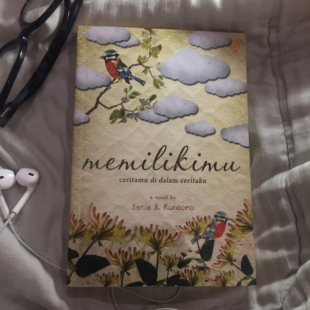 Memilikimu (novel by Sanie B. Kuncoro)