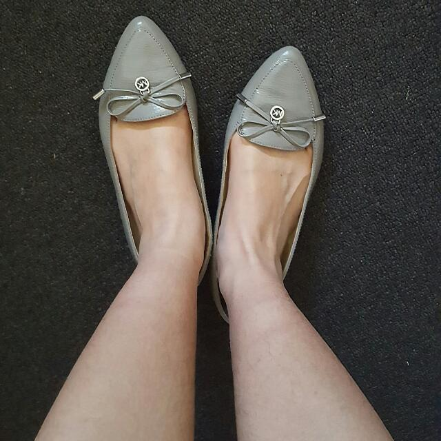 Michael Kors Grey Shoes Size 7