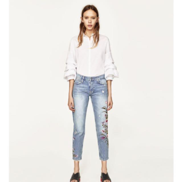 46c7ee4f 🔥Mid Rise Slim Boyfriend Embroided Jeans Zara Inspired, Women's ...