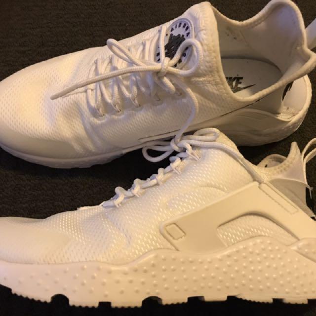 Nike White Huarache Womens 10