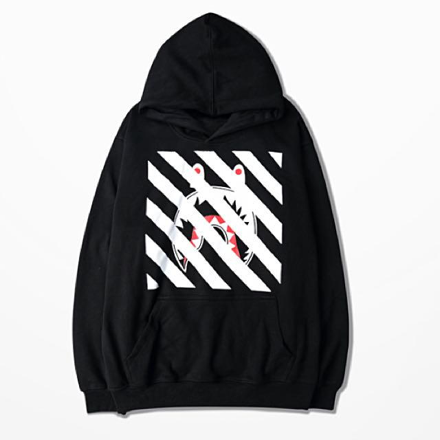 179cfb10 po OFF WHITE x bape streetwear oversized hoodie (1217), Men's Fashion,  Clothes on Carousell