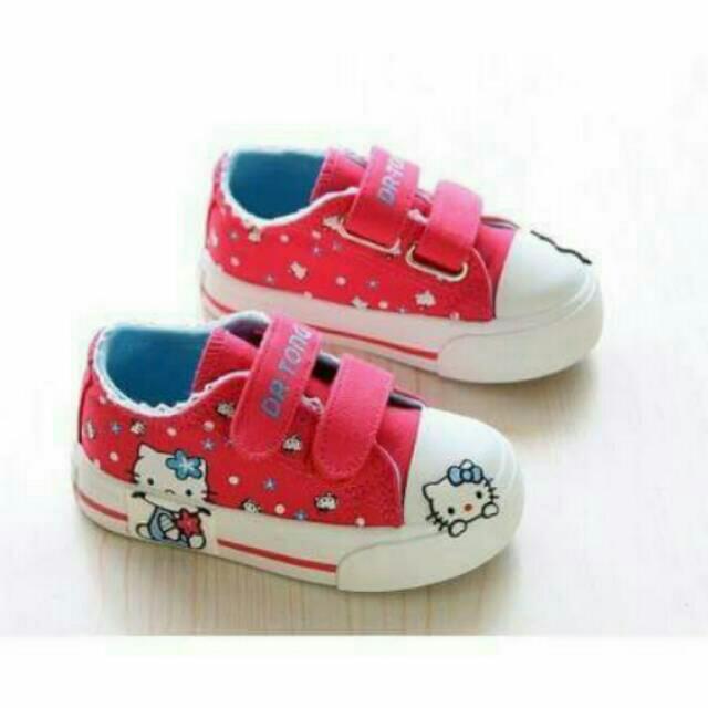 Sepatu Hello Kitty Size 22