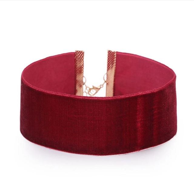 Seude Choker Available In Colours Display In Pic