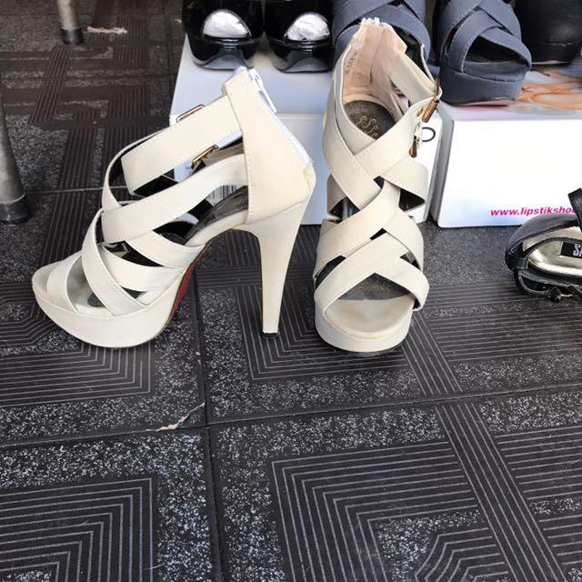 Size 5 / 35 Cream Strappy High Heels