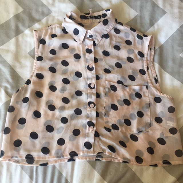 Size 8 Baby Pink Button Up Crop Shirt