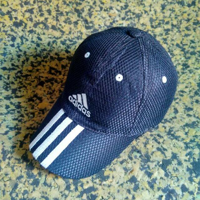Topi Adidas Strapback