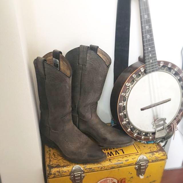 Vintage Frye Grey Leather Western Boots
