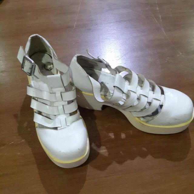 Wedges White Newlook
