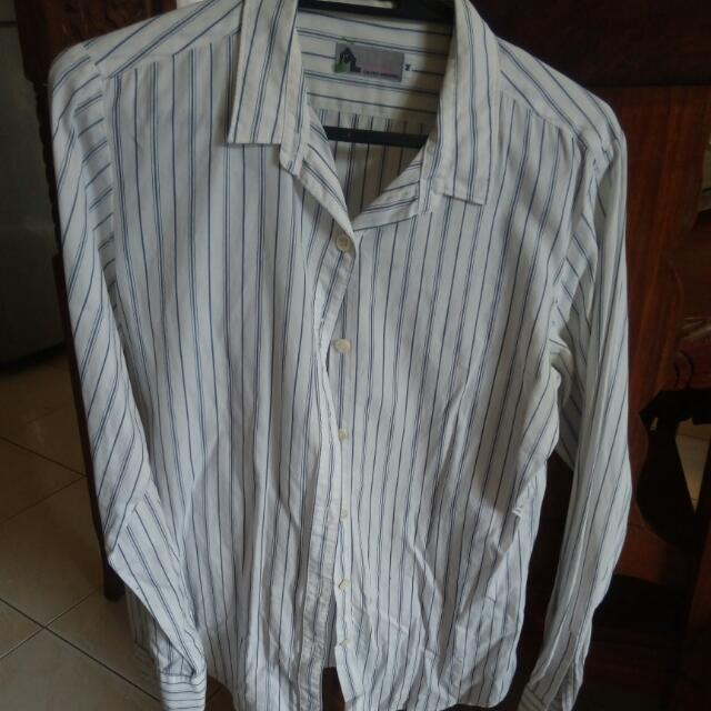 White button down long sleeves (s-m)