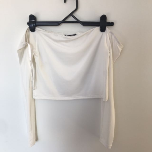 White Long Sleeved Crop
