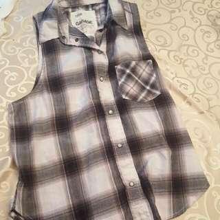 Women's Sleeveless Plaid Shirt Small