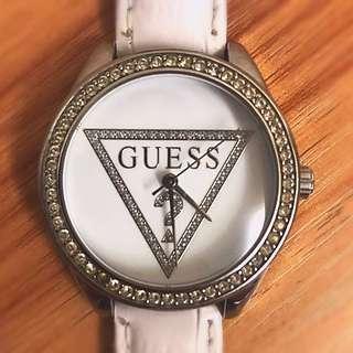 GUESS Watch 白底襯碎閃石