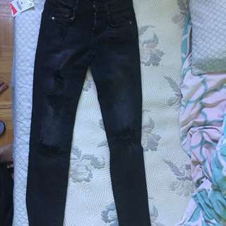 BRAND BEW WITH TAGS ZARA BLACK RIPPED JEANS Size Small For Children