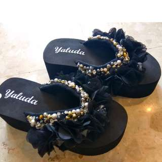 Sexy Handmade Women Crystal-like Beach Sandal, Black